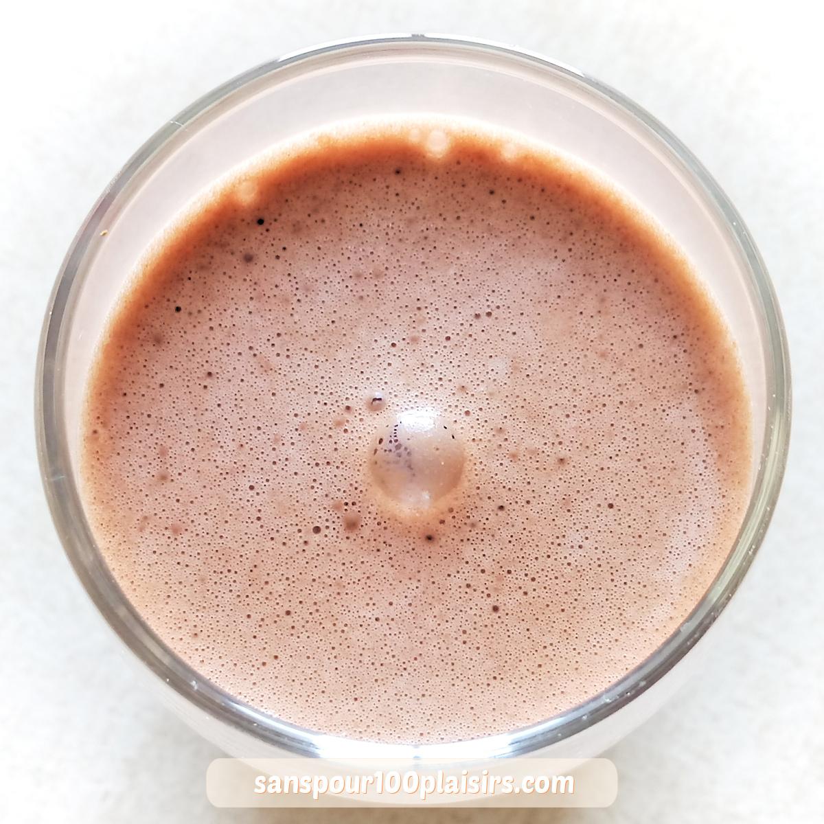 """Boisson """"cajoulante"""" : lait de cajou au cacao"""